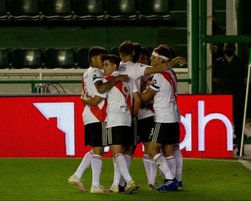 Fotos: Banfield vs River Plate (Vuelta - Copa de la Liga 2020)